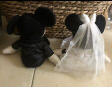 Mickey And Minnie Wedding Couple