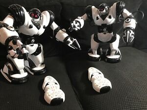 "TWO large WowWee Robots ORIGINAL ROBOSAPIEN 2004 With REMOTES! 13.5"" Black White"