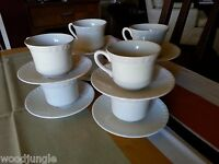 16 Vintage WEDGWOOD AND CO. HEDGE ROSE COFFEE CUPS AND SAUCERS ENGLAND