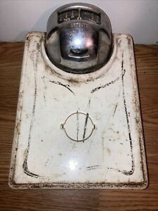 RARE VINTAGE DETECTO WORKING BATHROOM SCALE - 250 LB- White And Chrome
