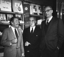 Tennessee Williams, Elia Kazan & Arthur Miller photograph -L2076- New York, 1967