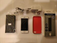 Apple iPhone 4s - 16GB - White (Unlocked) With Extras