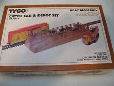 TYCO HO SCALE CATTLE CAR AND DEPOT SET No. 935 (UNOPENED) NOS