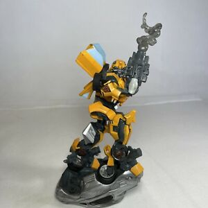 Hasbro 2006 Transformers Unleashed Bumblebee Autobot Action Figure Model Statue
