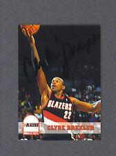 Clyde Drexler signed Blazers 1993 Sky Box BB card