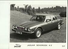 "JAGUAR SOVEREIGN 4.2 ( XJ SERIES III ) ORIGINAL PRESS PHOTO "" BROCHURE """