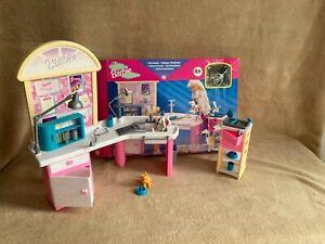 Mattel Barbie Vintage Vet Center Boxed c/w Pets & Accessories