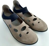 Arche  LN Womens Size 39 or 8 Taupe Slip On Casual Comfort Ballet Flats Shoes