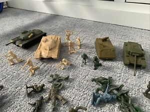 Green Army Men Toy Plastic Soldiers Figures Lot Over 50 Pieces Plus Army Tanks