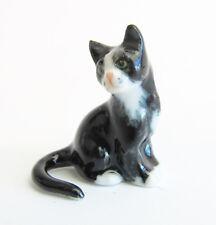 Miniature Porcelain Cat Figurine Hand Paint TINY Blk & White Cat Kitten 2.25cm H