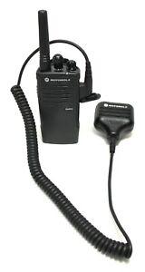Motorola RDU2020 Two-Way Radio / Walkie Talkie With Remote Speaker/Microhphone