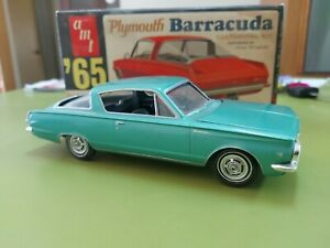 AMT '65 Three In One Plymouth Barracuda Customizing Gene Winfield 1/25 Scale Kit