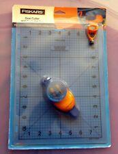 Fiskars Oval cutter and craft mat set, new in packaging
