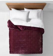 OPALHOUSE Velvet Tufted Stitch Quit Twin XL Burgandy Merlot New