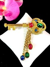 RARE TRIFARI TM SAPPHIRE RUBY EMERALD CABOCHON JEWELS OF INDIA DANGLE KEY BROOCH