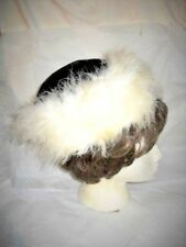 VINTAGE CLOCHE HAT FITTED BLACK VELVET WITH FLUFFY FEATHERY WHITE EDGE Woman's