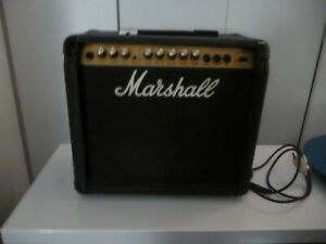 AMPLI GUITARE GUITAR 20 WATTS RMS 8 OHM MARSHALL VALVESTATE 20 MODEL 8020