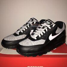 Nike Air Max 90 Essential UK 10 /Eur 45 - Brand New (537384 079)