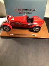 Vintage Diecast 1:18 Bburago 1931 Alfa Romeo 8C 2300 Monza NIB Wood Base 3514