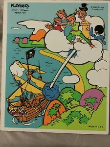 VINTAGE Peter Pan PLAYSKOOL Wooden PUZZLE  Made IN USA