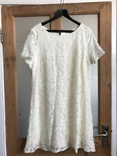 Ivory Lace Knee Length Short Sleeve Dress Size XL Bust 45""