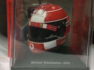 Caschi/helmets piloti Ferrari. MICHAEL SCHUMACHER F2002. 1/5.