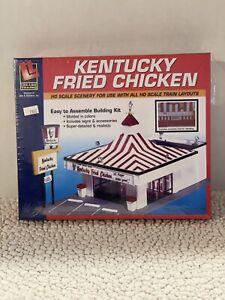 "HO Scale - Kentucky Fried Chicken, Building ""KIT"" Life-Like 433-1394"