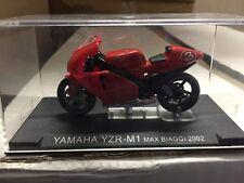 "DIE CAST SUPERBIKES  "" YAMAHA YZR-M1 MAX BIAGGI 2002 ""  SCALA 1/24"