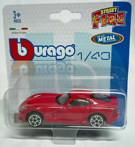 2013 SRT Viper GTS  Modellino Burago Die Cast Metal with plastic parts 1/43