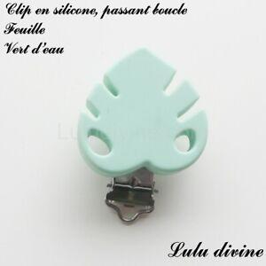 Pince / Clip en silicone, attache tétine, passant boucle, Feuille : Vert d'eau