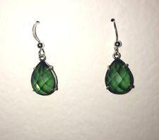 BEAUTIFUL SILVER PLATED DROP earrings GREEN STONES MATCH RECTANGULAR FILIGREE