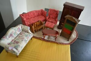 Lot of Miniature Furniture Scale is 1:12