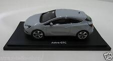 Modellauto Opel Astra J GTC 1:43 Mineralweiß Sea Shell 10129