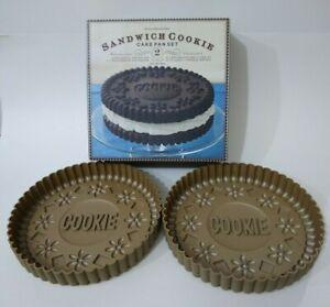 Williams Sonoma Sandwich Cookie Cake Pan Set of 2