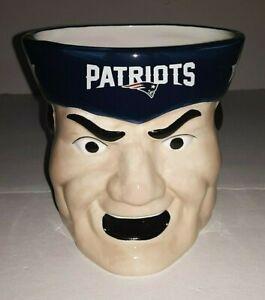 New England Patriots NFL 18 oz Sculpted Mascot Mug