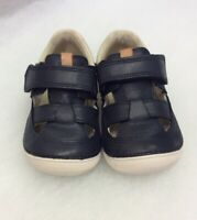 Clarks Boys Softly Ash Navy Leather Size 5.5G £ 30
