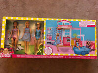 Barbie 2 Story House with Pool, 3 BARBIES & Full of Furniture Brand New Rare