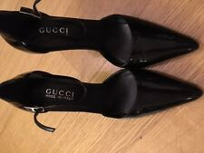 Gucci Pump Patent Leather  size 38 (US 7,5)