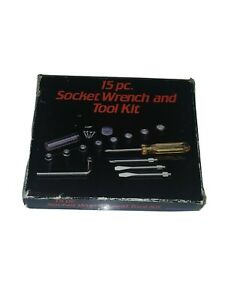15 PC. SOCKET WRENCH AND TOOL KIT