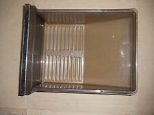 Pan Crisper 1106042 from Whirlpool Refrigerator ET22MKXPWR0