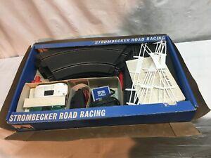 Vtg 1960's Strombecker Racing Slot Car Set Model 9935 Cars  14 pc Track Layout