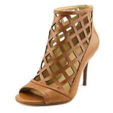 Botas de mujer Michael Kors de piel color principal beige