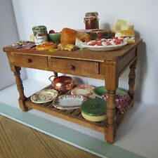 Dolls House Food   Display on  Table        BM301