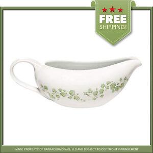 New! World Kitchen Porcelain CALLAWAY Corelle Coordinates Gravy Boat! SHIPS FREE