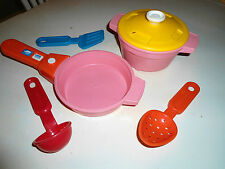 HTF FISHER PRICE KITCHEN FUN PLAY FOOD SOUND HANDLE COOKING POTS DInNeRwArE LOT