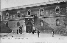 CPA -69-  LYON - Le Fort Saint-Irénée.