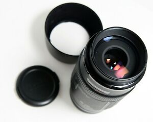 Canon 70-210mm f/4 EF EOS Zoom Lens Mint with front and rear lens caps and hood