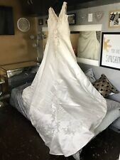 BEAUTIFUL IVORY WEDDING DRESS by HILARY MORGAN ~ SIZE 24 ~