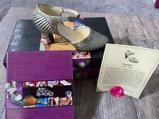 "1999 Just the Right Shoe by Raine ""Sunray"" Shoe Figure #25097"