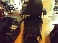 ROVI X3 BARIATRIC POWER WHEELCHAIR EXCELLENT CONDITION 2017 300 LBS WT CAPACITY